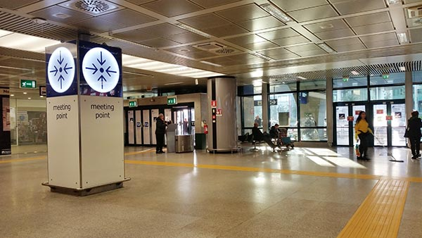 Fiumicino airport meeting point