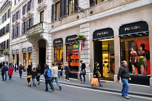 Roman shopping district