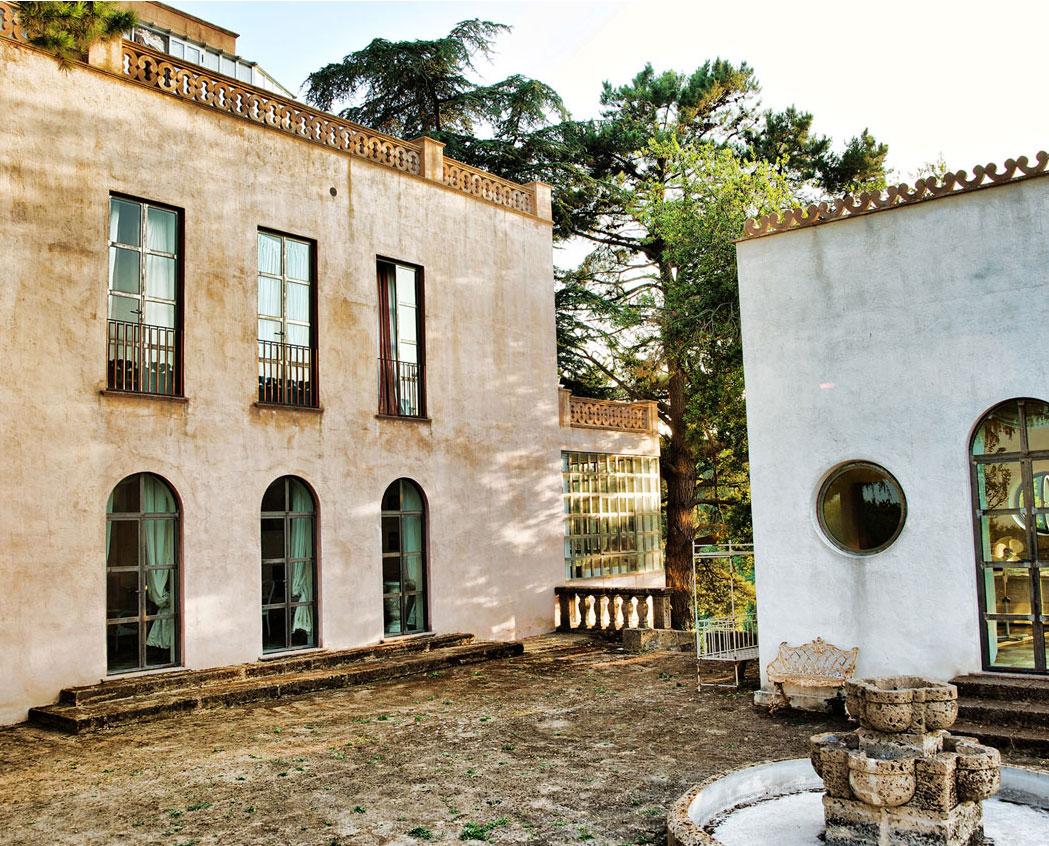Rent villa Relais Villa Lina Ronciglione Viterbo near Rome