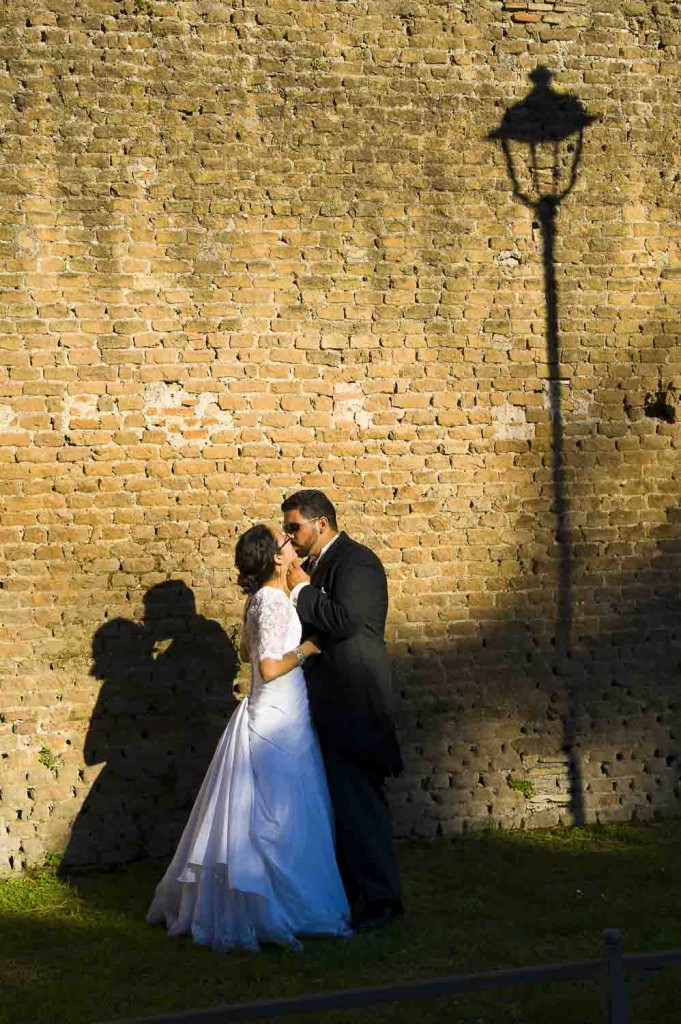 Photographers Rome: Wedding photo session around the city