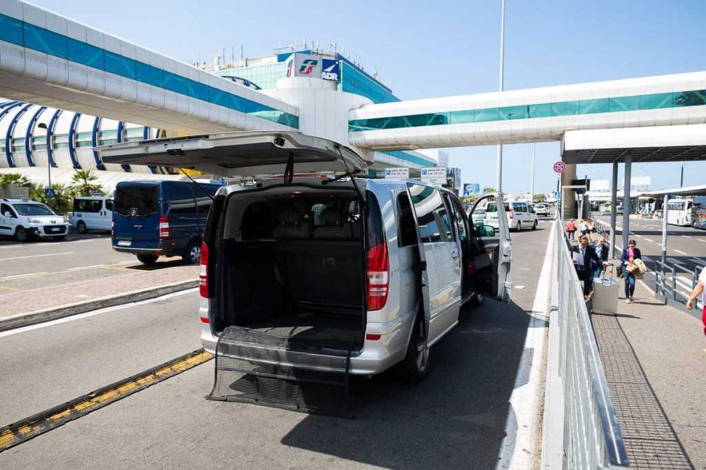 Fiumicino airport car pickup