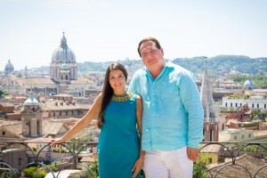 Portrait session with a sweeping view over the roman skylilne