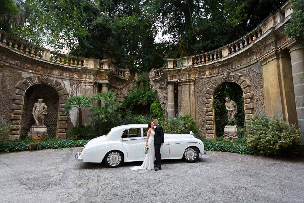A car photo session in a courtyard.