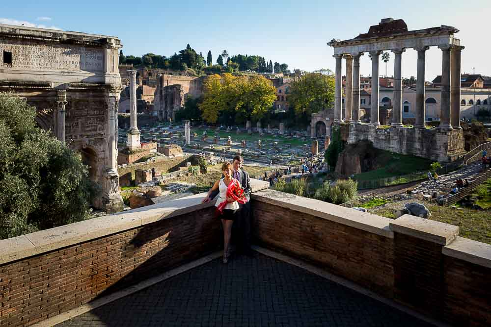 Overview of the Imperial forum with all the ancient ruins in the back. Couple photo tour.
