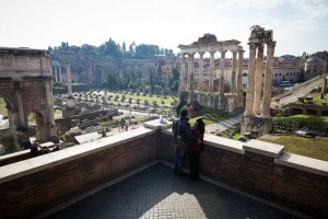 The spectacular view over the Roman Forum from above