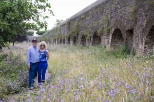 Portrait photo of a visit at the aqueducts Parco Appio Claudio in Rome