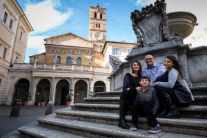 Piazza and Basilica Santa Maria in Trastevere family photo shoot in Rome Italy